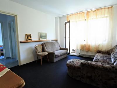 Cornișa - Universitate-apartament 3 camere semidecomandate-mobilat și utilat