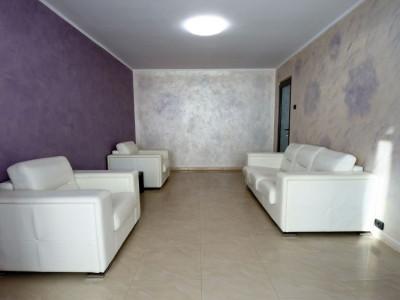 Republicii - apartament 3 camere decomandate - semimobilat
