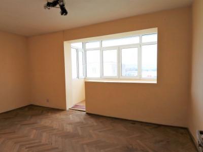 zona Narcisa - 2 camere decomandate - fără imbunătățiri - curat