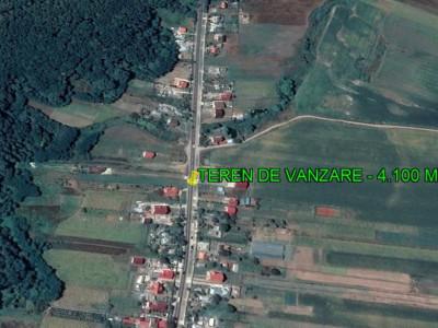 Traian-lângă pădure -4.100 mp-deschidere 23m-intravilan