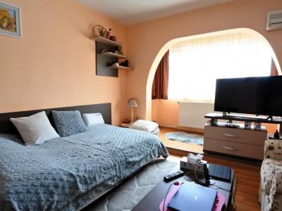 Bistrita Lac - apartament 2 camere decomandate - mobilat si utilat complet