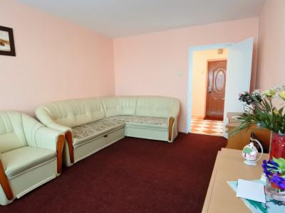 Cornişa - lângă Universitate - 2 camere decomandate - mobilat și utilat