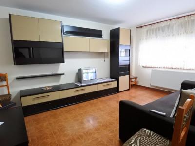 Orizont - apartament 2 camere decomandate - renovat - mobilat si utilat complet